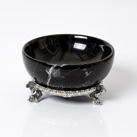 saliera in marmo nero con base in argento